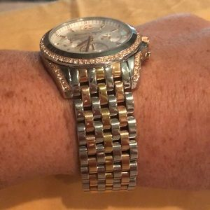 Michael Kors Accessories - MK Ladies watch